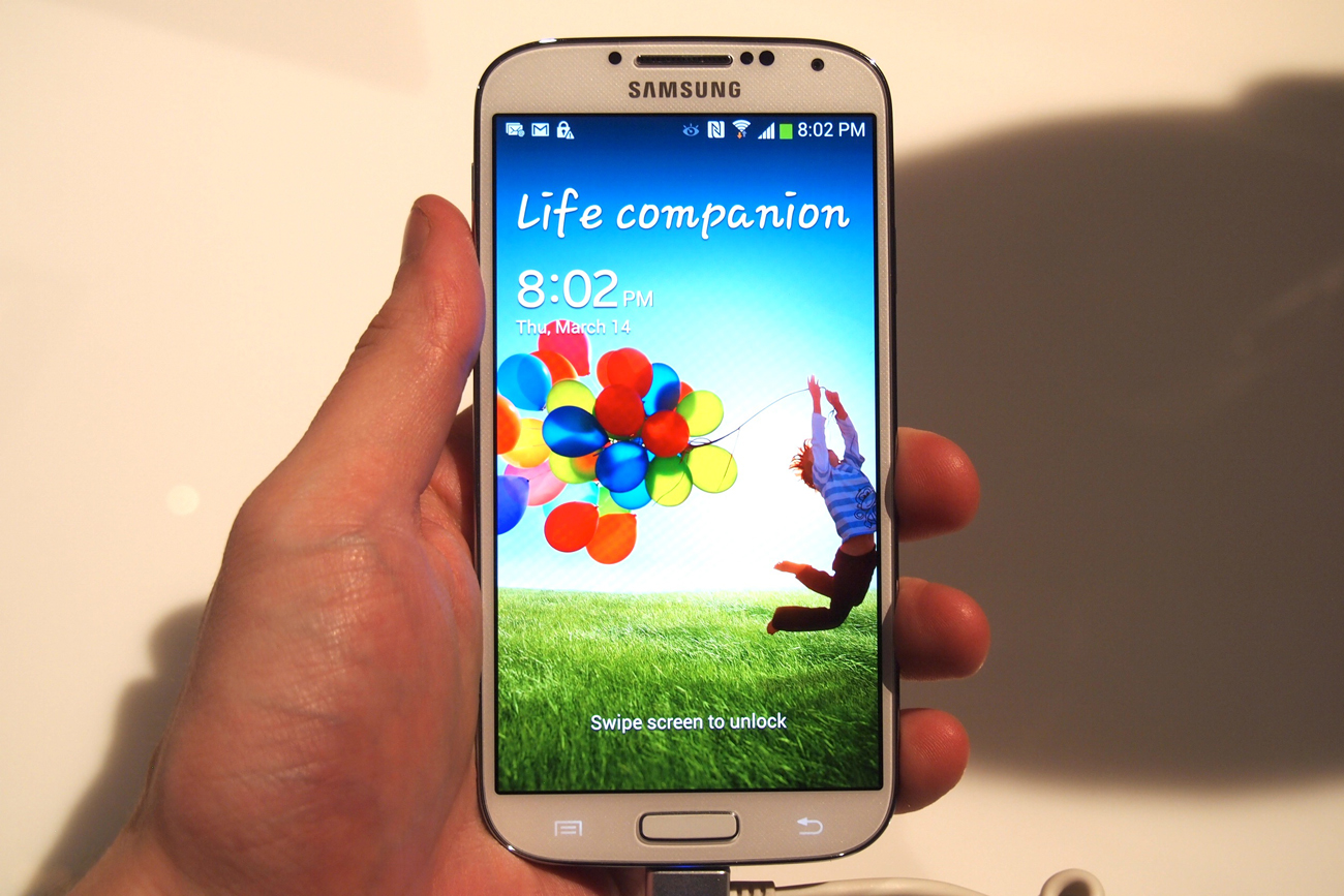 Samsung Galaxy S4 becomes the fastest selling Andriod phone