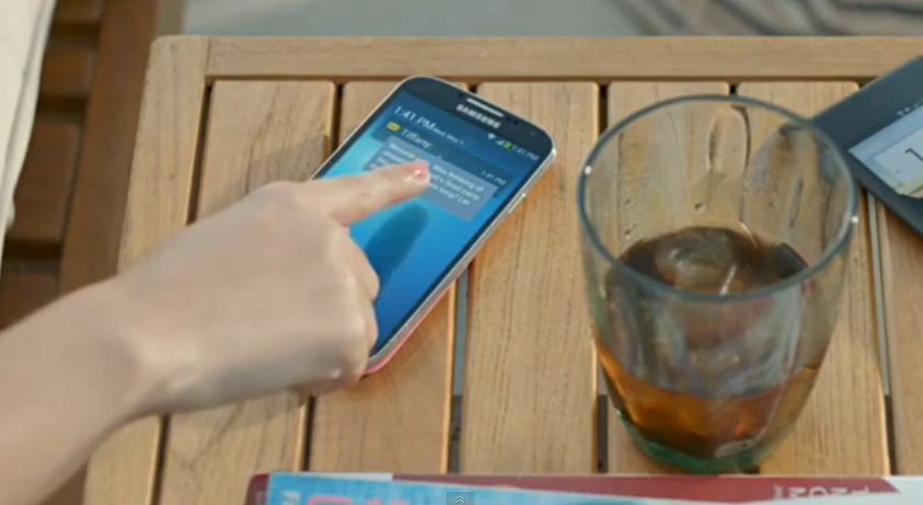 Samsung Galaxy S4's new ad subtly pokes fun at Apple loyalists