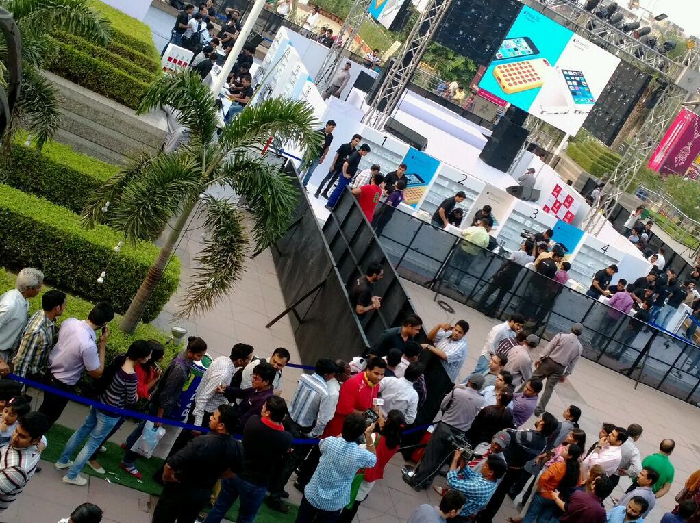 iPhone Store India Delhi